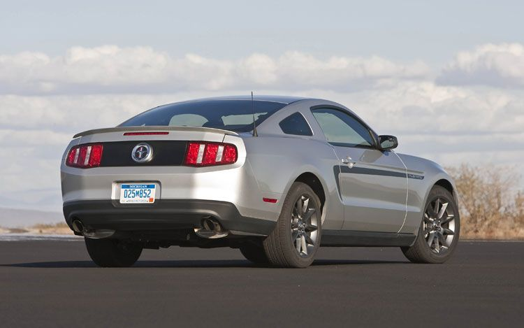 2011-ford-mustang-v6-rear-three-quarters-static « Road Reality