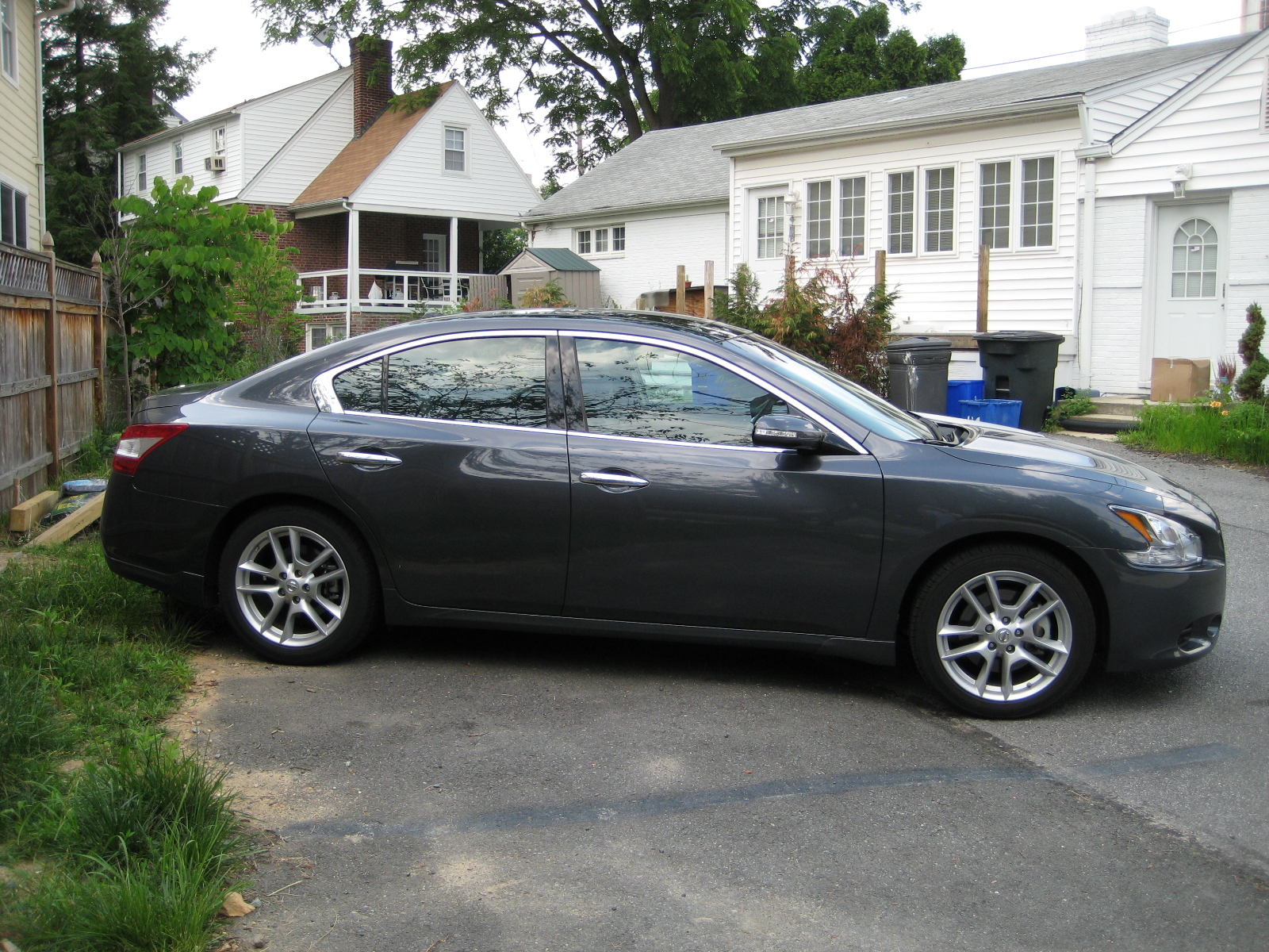 Review: 2010 Nissan Maxima SV w/Premium and Tech Packages