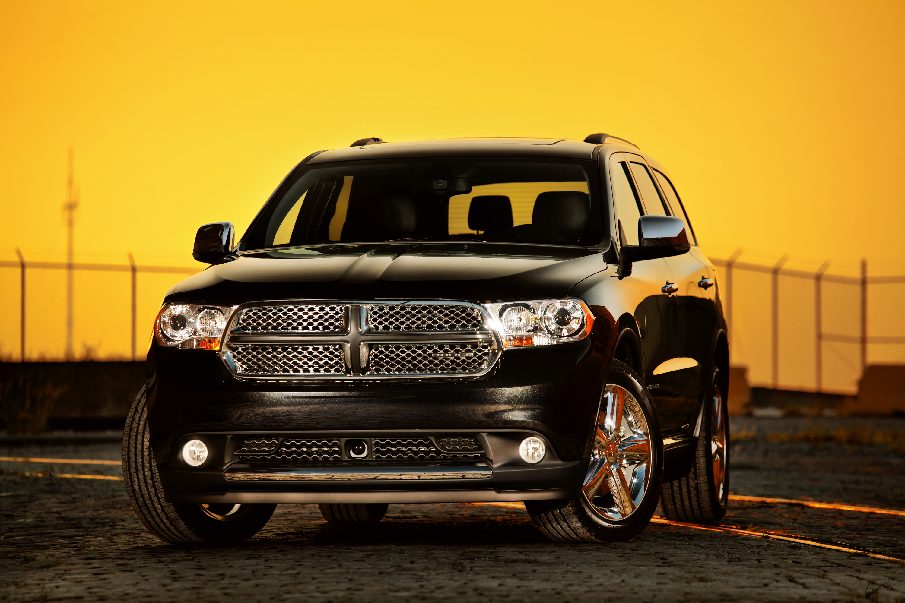 unveiled 2011 dodge durango road reality. Black Bedroom Furniture Sets. Home Design Ideas