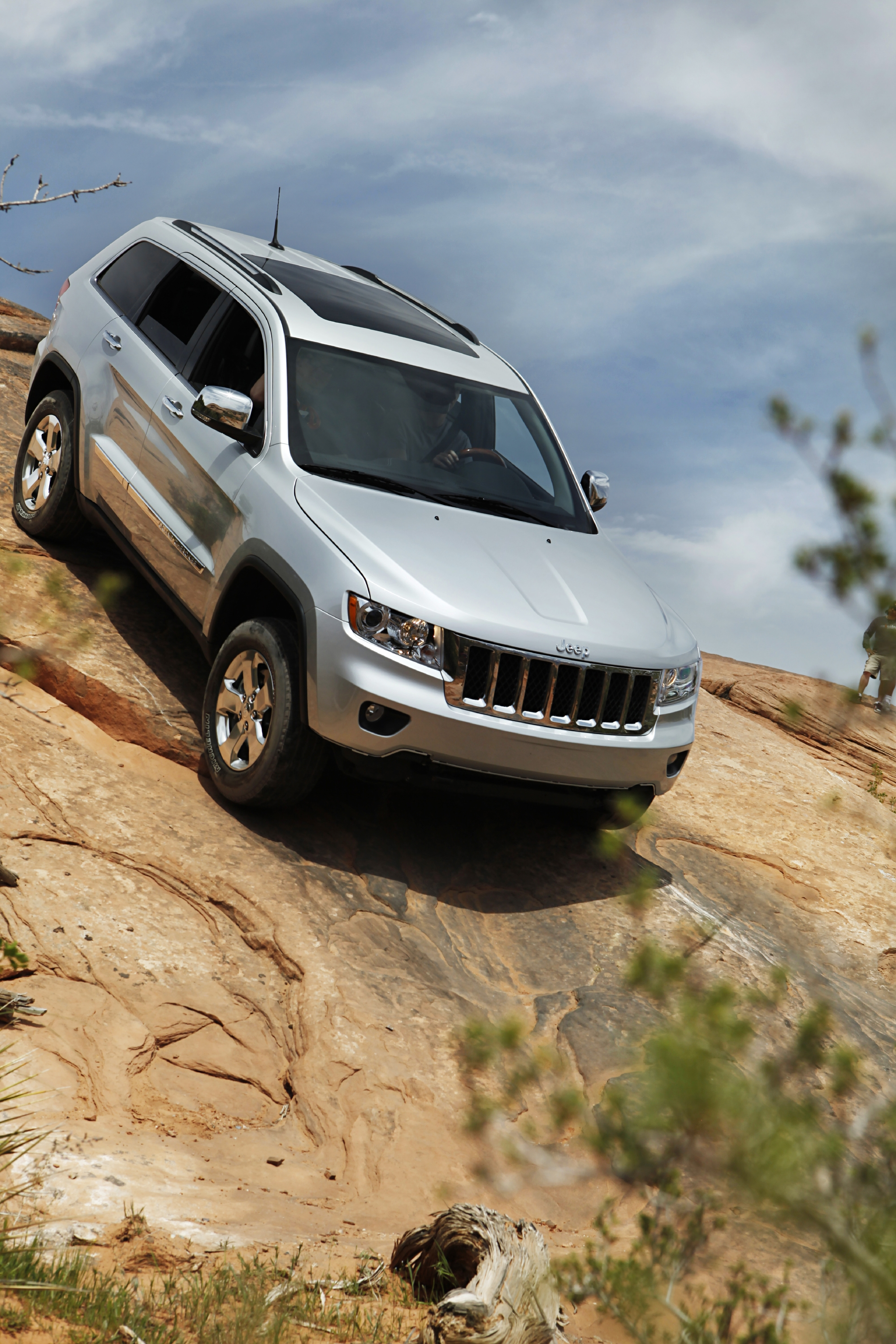 Rebuilding a Legend 2011 Jeep Grand Cherokee Road Reality