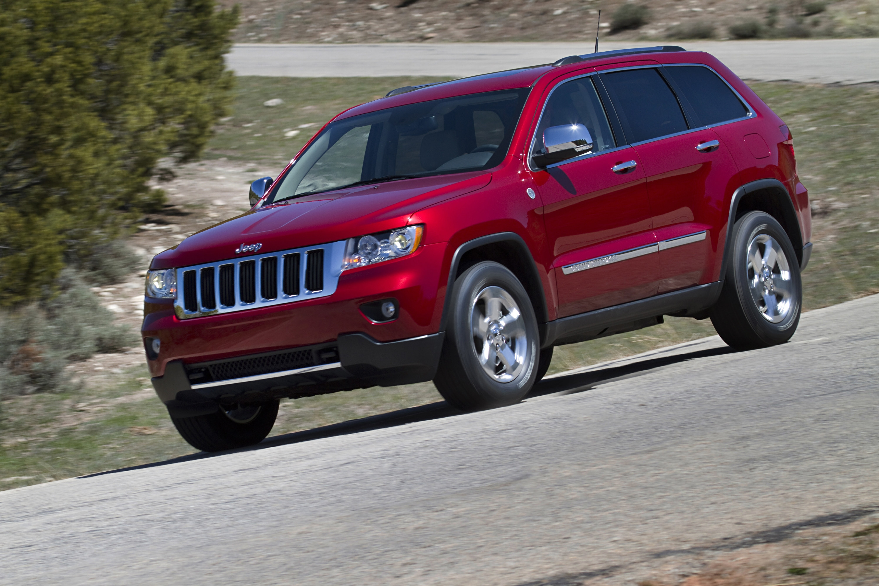 2011 jeep grand cherokee limited road reality. Cars Review. Best American Auto & Cars Review