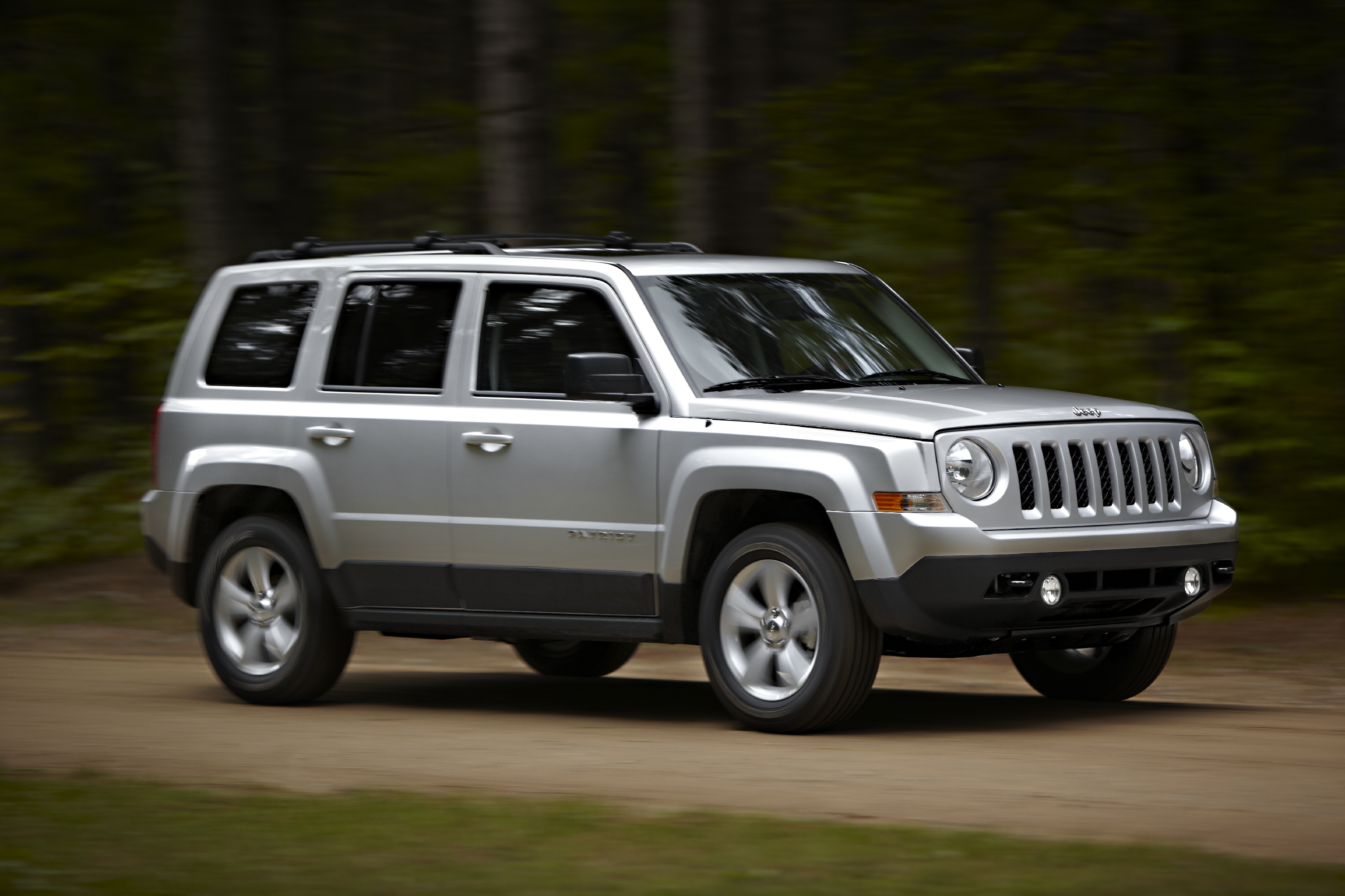 refreshed 2011 jeep patriot road reality. Black Bedroom Furniture Sets. Home Design Ideas