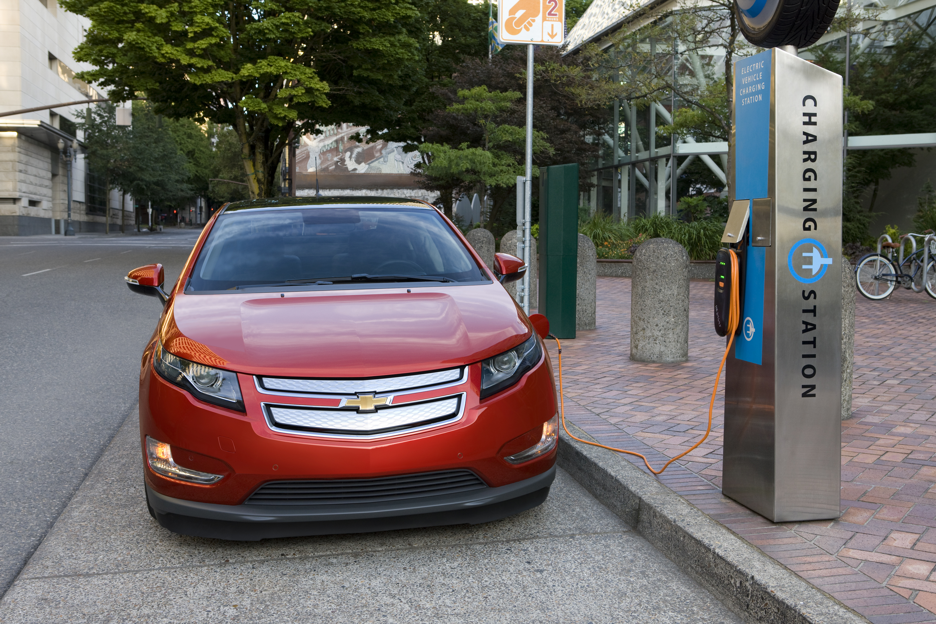 Updated New Volt Pictures Specifications News Road Reality Chevy Gas Show Press Release 2011 Chevrolet