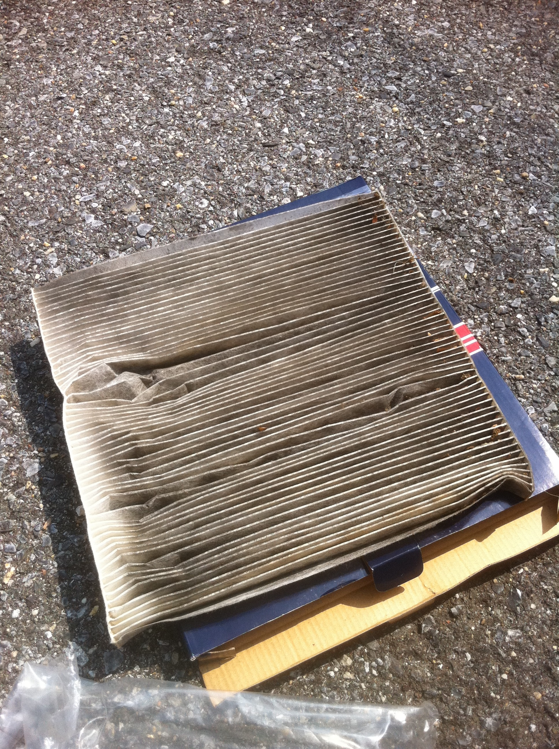 Psa it s time to change your car s cabin air filter for Change cabin air filter