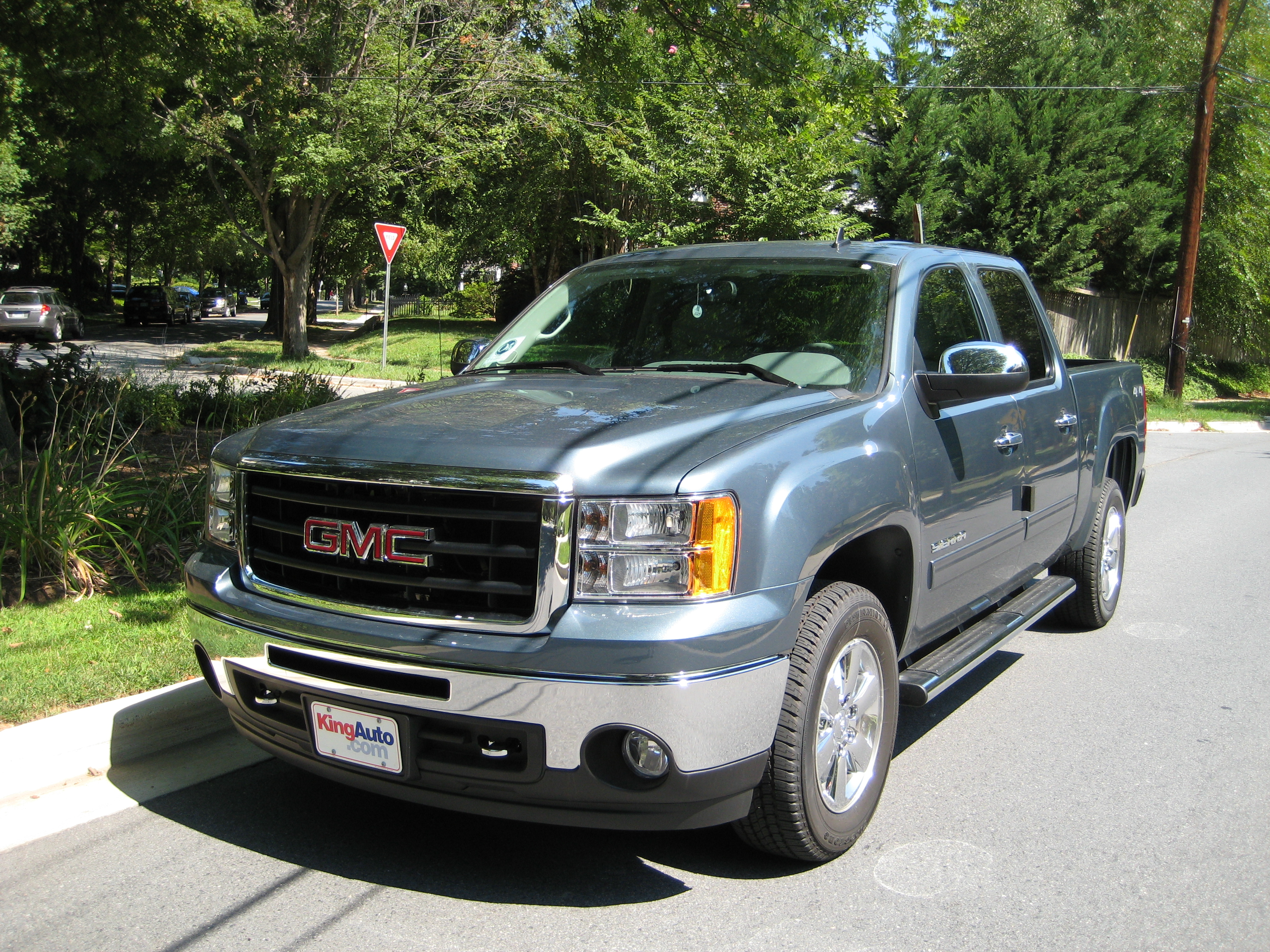 gmc sierra sle road reality front views buick