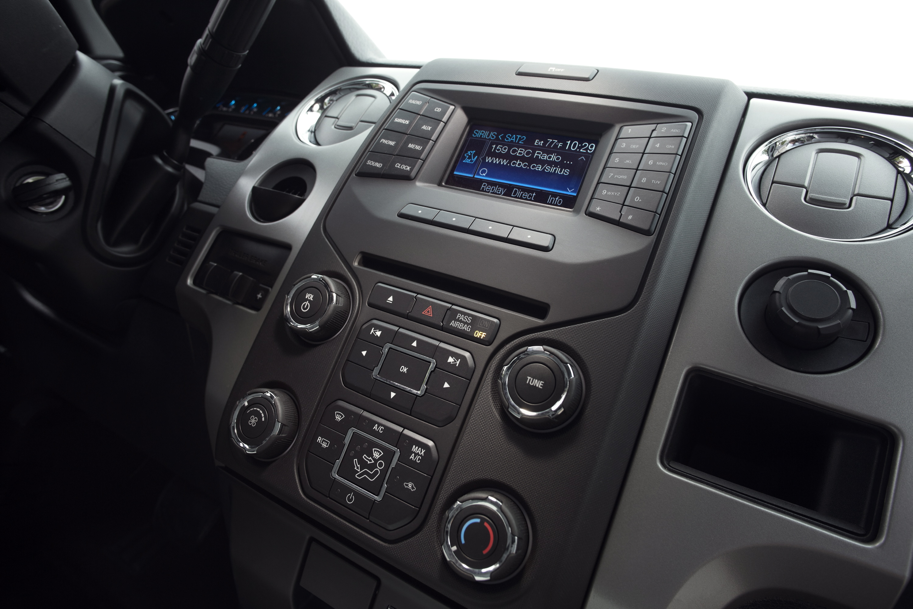 ford announces changes for 2013 f 150 road reality. Black Bedroom Furniture Sets. Home Design Ideas