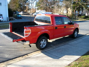 2012 Ford F-150 XLT Rear 3:4 View