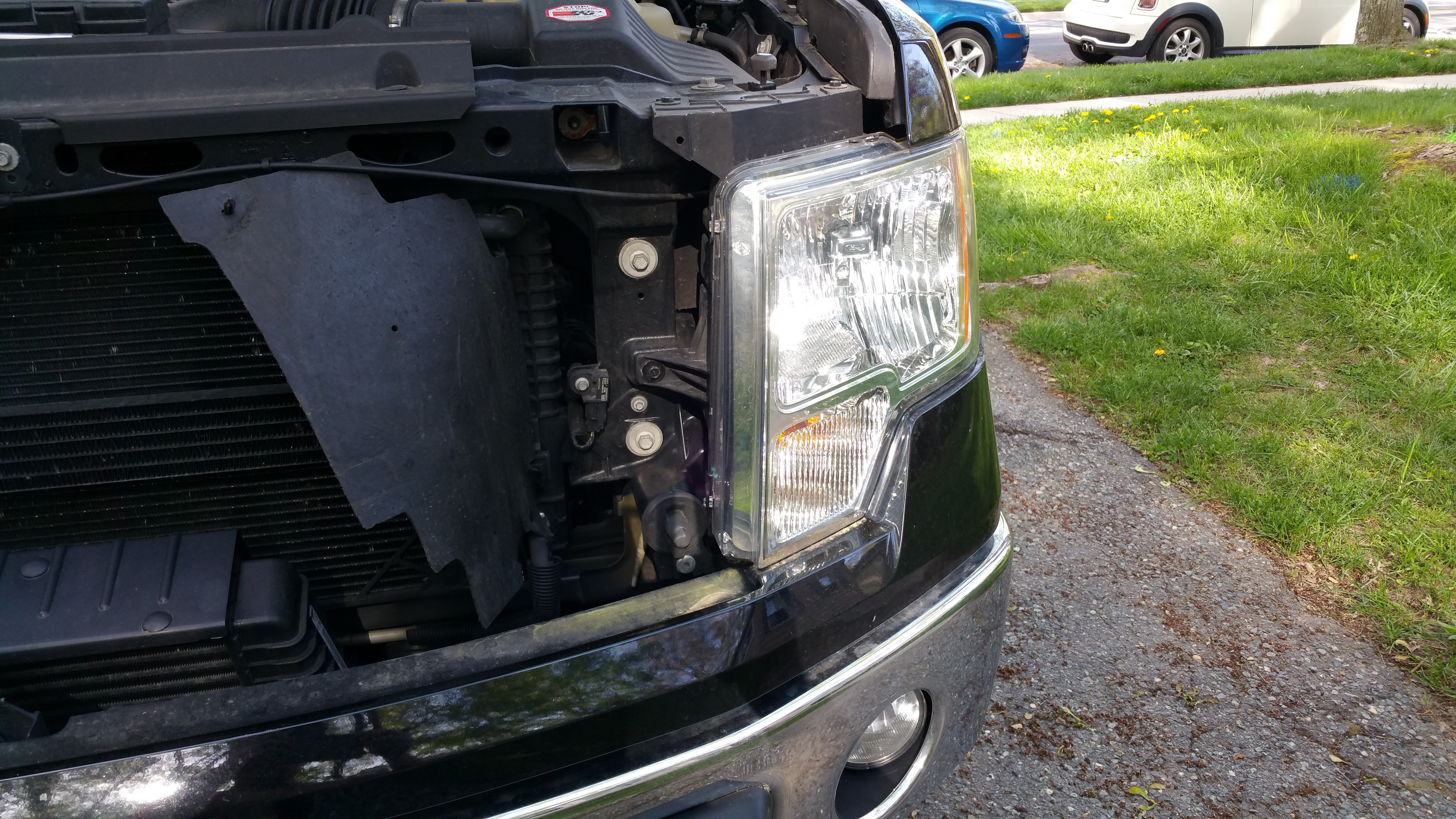 service manual  ford    replace  radiator